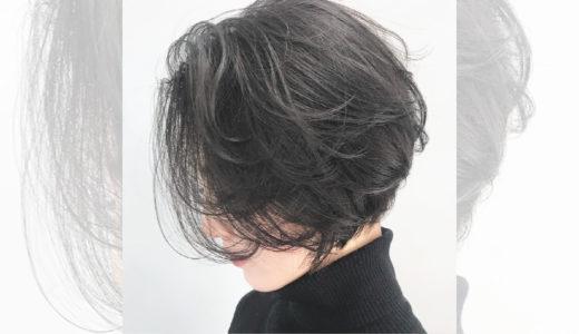 飾らないナチュラルさが魅力。黒髪ショートのお手本ヘアカタログ